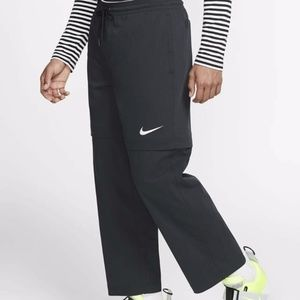 Nike Convertible Loose Fit Black Pants Shorts